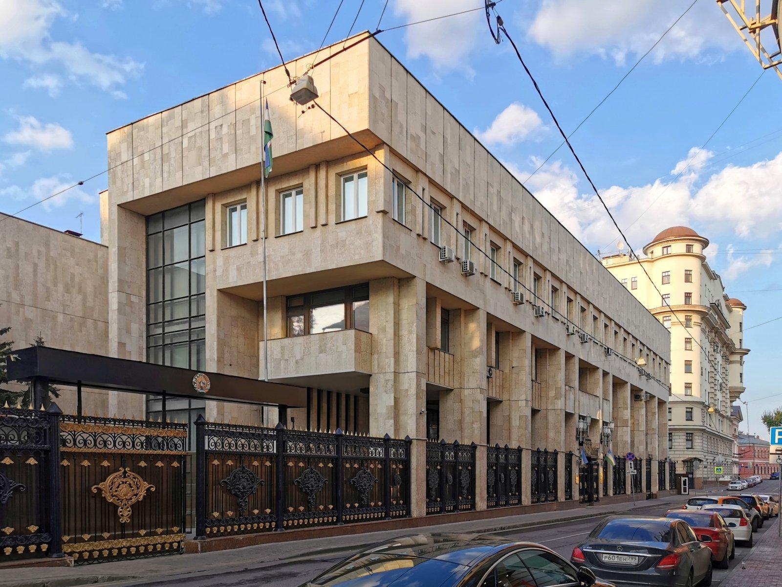 Посольство Республики Узбекистан в РФ, Погорельский переулок, 12 ст1